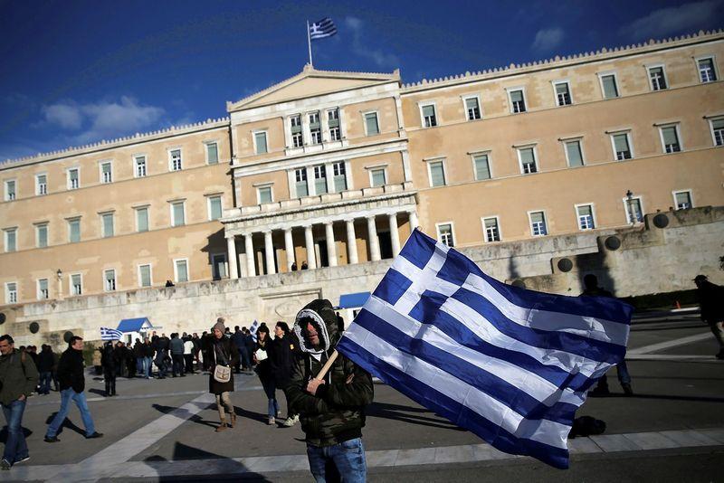 """Graikijos ekonomikos būklė vėl tampa galvos skausmu Europai – šalies ūkis traukėsi du ketvirčius iš eilės. Alkio Konstantinidžio (""""Reuters"""" / """"Scanpix"""") nuotr."""