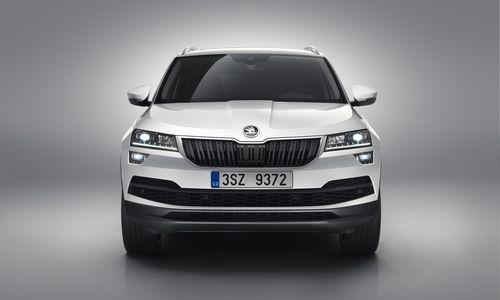 """""""Škoda"""" pristatė čekišką """"Tiguan"""" visureigio versiją – """"Karoq"""""""