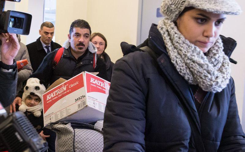 2015 m. gruodį į Lietuvą atvykusi pirmoji perkelta pabėgėlių iš Irako šeima, kaip ir dauguma kitų perkeltų pabėgėlių, jau senokai gyvena kitose ES valstybėse. Juditos Grigelytės (VŽ) nuotr.