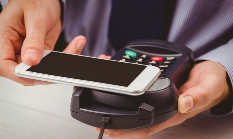 """Tarp naujausių finansinių technologijų tendencijų – ir mobilieji atsiskaitymai. """"Matton"""" nuotr."""