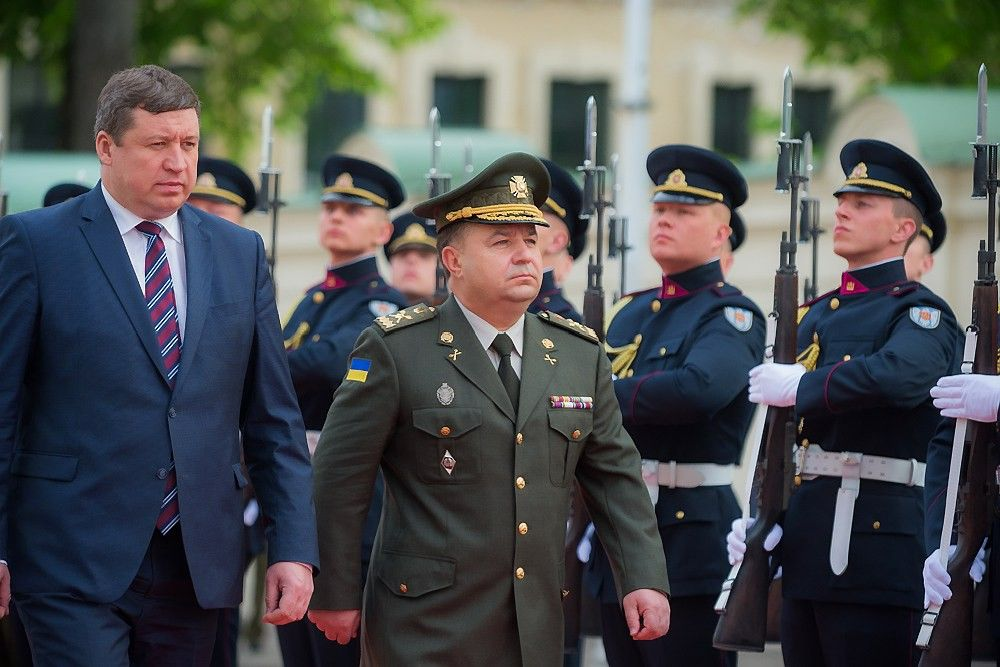 Lietuva Ukrainoje steigia karinio mokymo misiją
