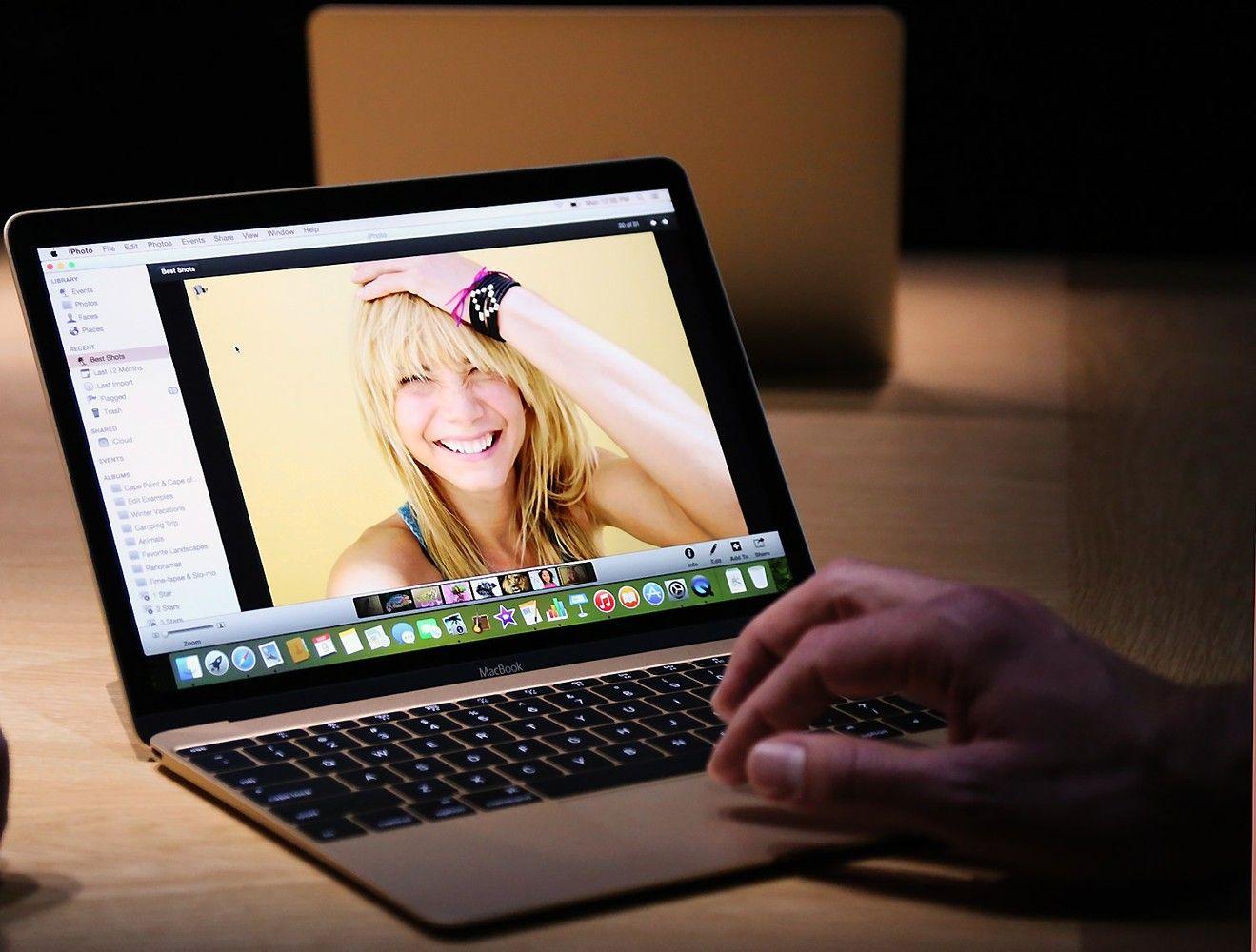 """Kompiuterių """"Microsoft Surface Laptop"""" sėkmė neramina """"Apple"""""""