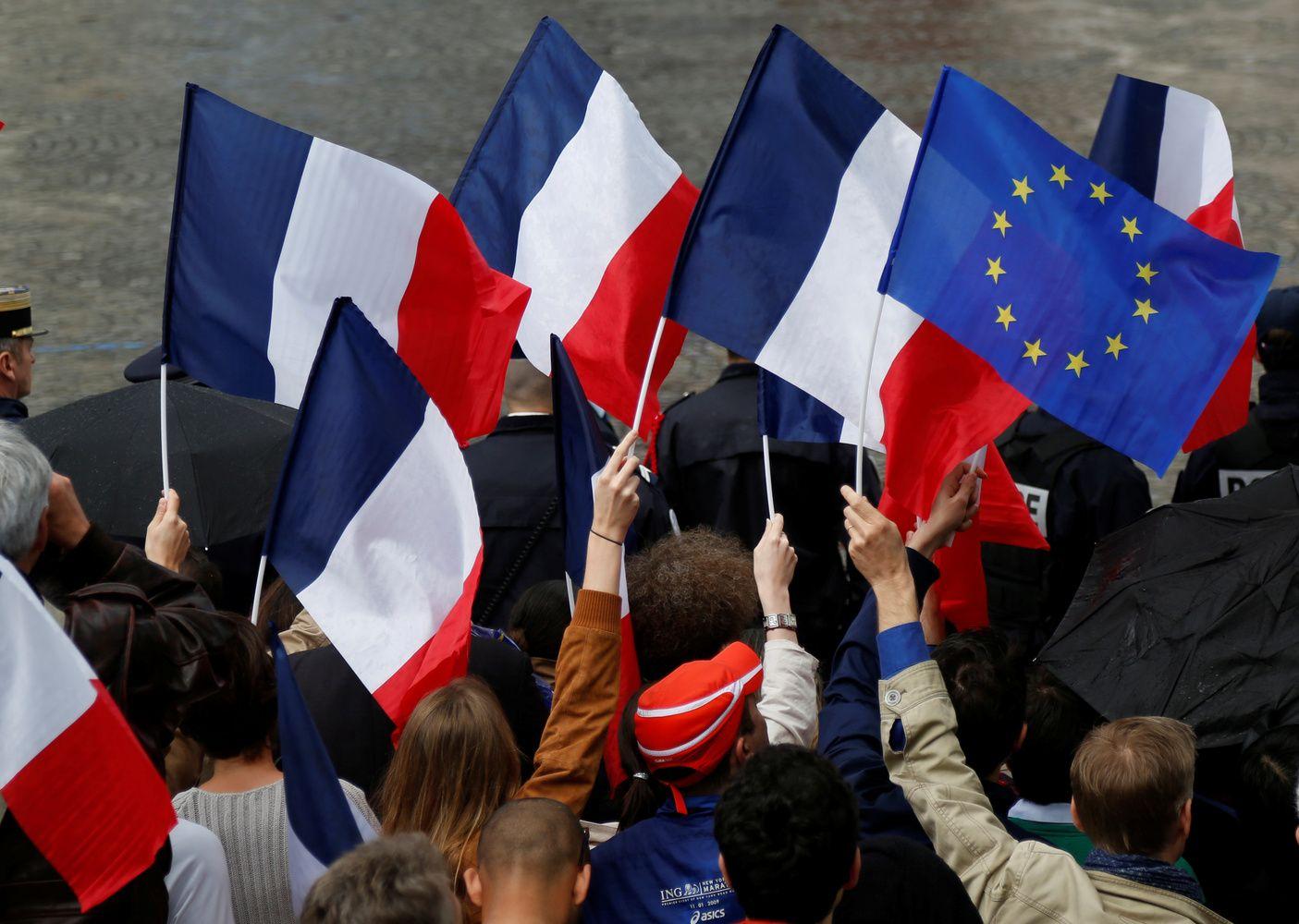 Ispanija ir Prancūzija išleidžia per daug