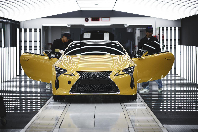 """""""Lexus"""" pradėjo gaminti Europai skirtą LC kupė"""