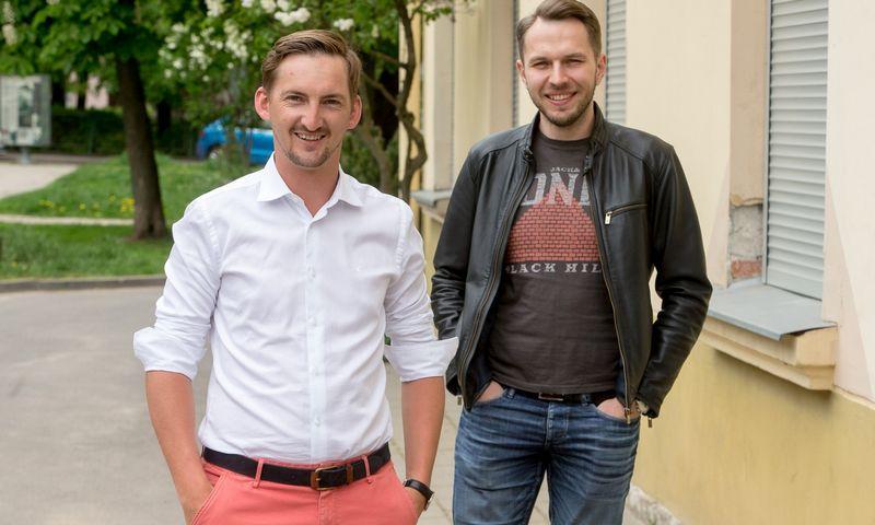 """Iš kairės: Laimonas Noreika, tarpusavio skolinimo platformą """"FinBee"""" valdančios UAB """"Finansų bitė"""" įkūrėjas ir direktorius, ir Darius Noreika bendrovės administracijos direktorius. Vladimiro Ivanovo (VŽ) nuotr."""