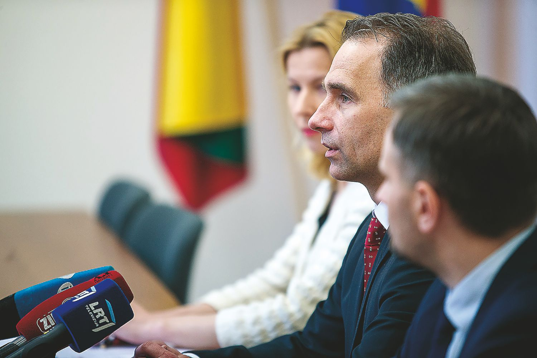 Dalis kelių Lietuvoje plonesni nei turėtų būti – ir visiškai legaliai