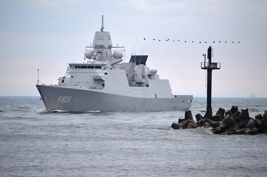 Klaipėdoje prisišvartavo NATO nuolatinės parengties koviniai laivai