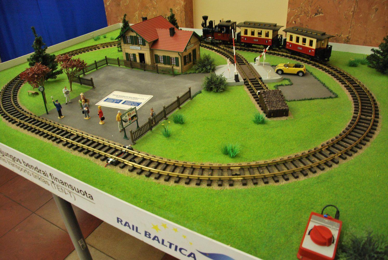 """Rail Baltica"" ieško 90-ties ekspertų"