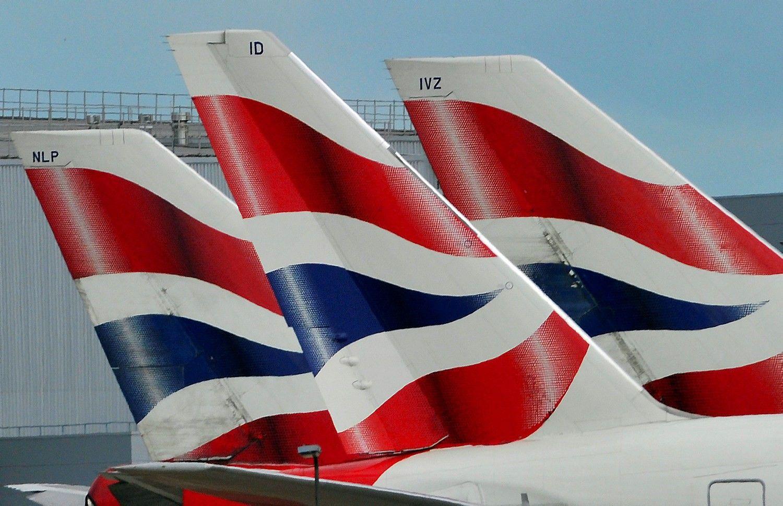 """IT problemos sutrikdė """"British Airways"""" skrydžius pasauliniu mastu"""
