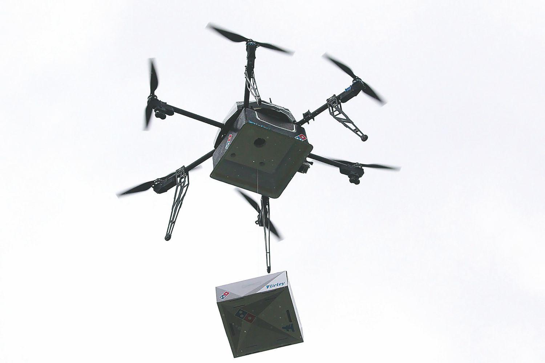 Naujausios skraidyklės gebės į orą pakelti ir toną