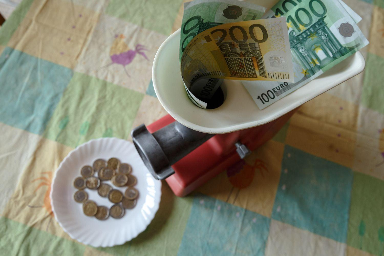 Vyriausybė dešimtmečiui skolinasi už 1,1%