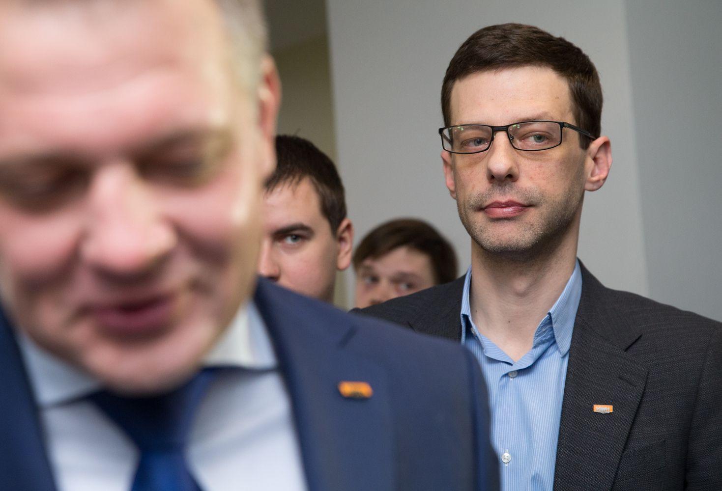 Buvusiam parlamentarui Gustainiui pareikšti įtarimai kyšininkavimu
