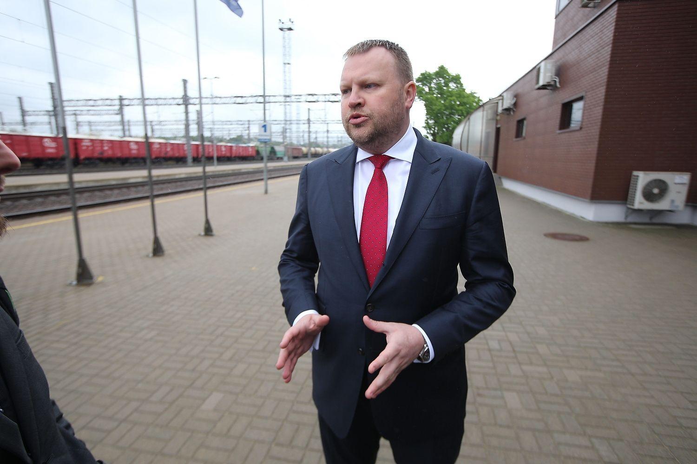 """""""Lietuvos geležinkeliai"""" sulaukė pilno sąstato iš Kinijos"""