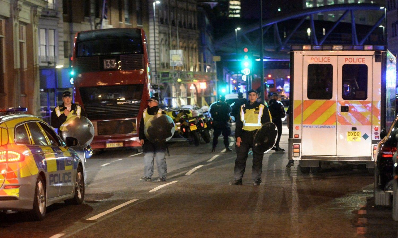 """""""Islamo valstybė"""" prisiėmė atsakomybę už išpuolį Londone"""