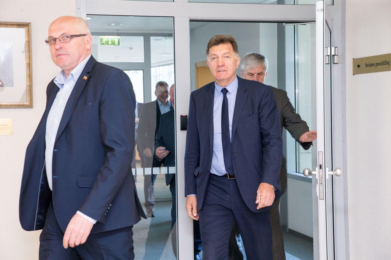 Ekspremjeras pagaliau gavo pareigas Seime