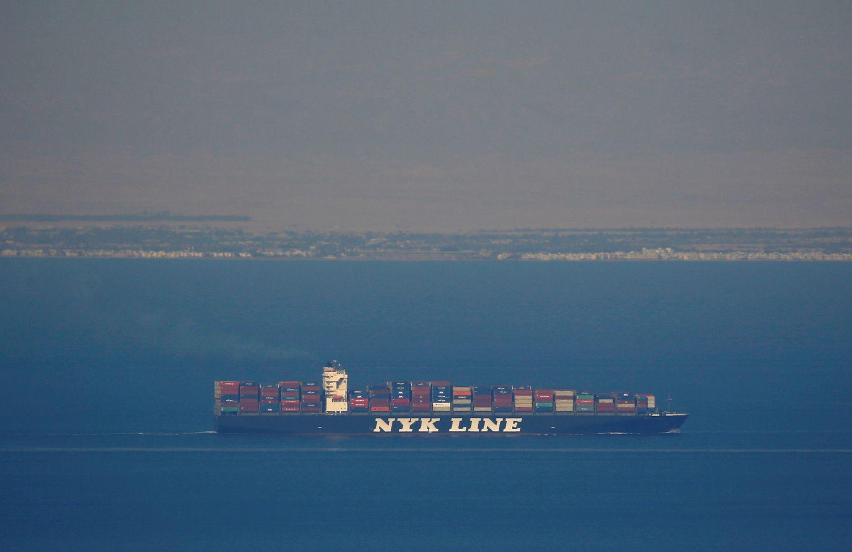 Japonai kuria savavaldžius krovinius laivus