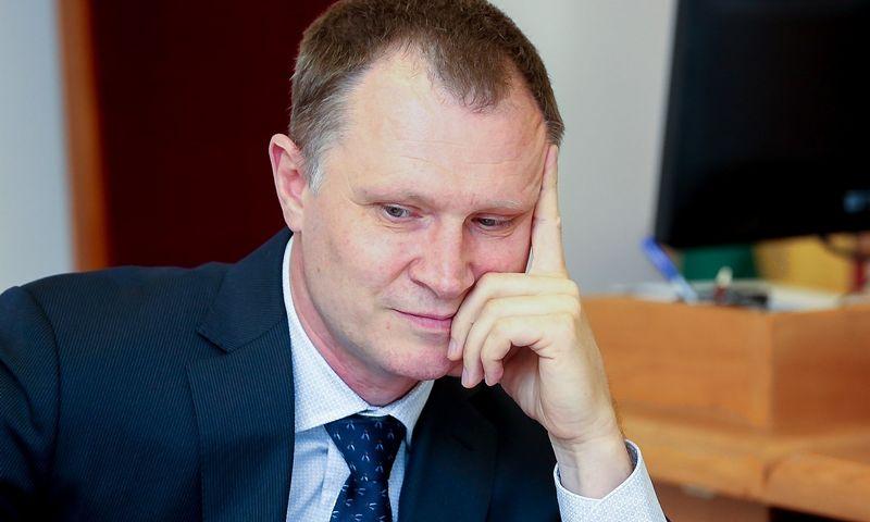 Buvęs  Karinių oro pajėgų vadas Audronis Navickas teisme. 15min.lt nuotr.