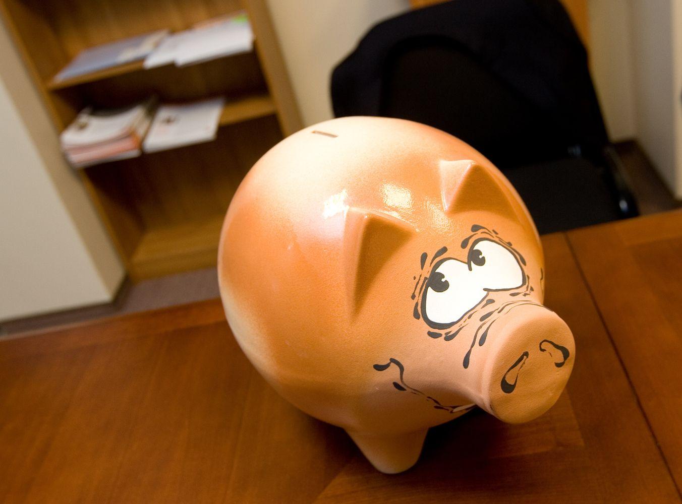 Pinigų laikymo sąskaitoje mada plinta vis labiau