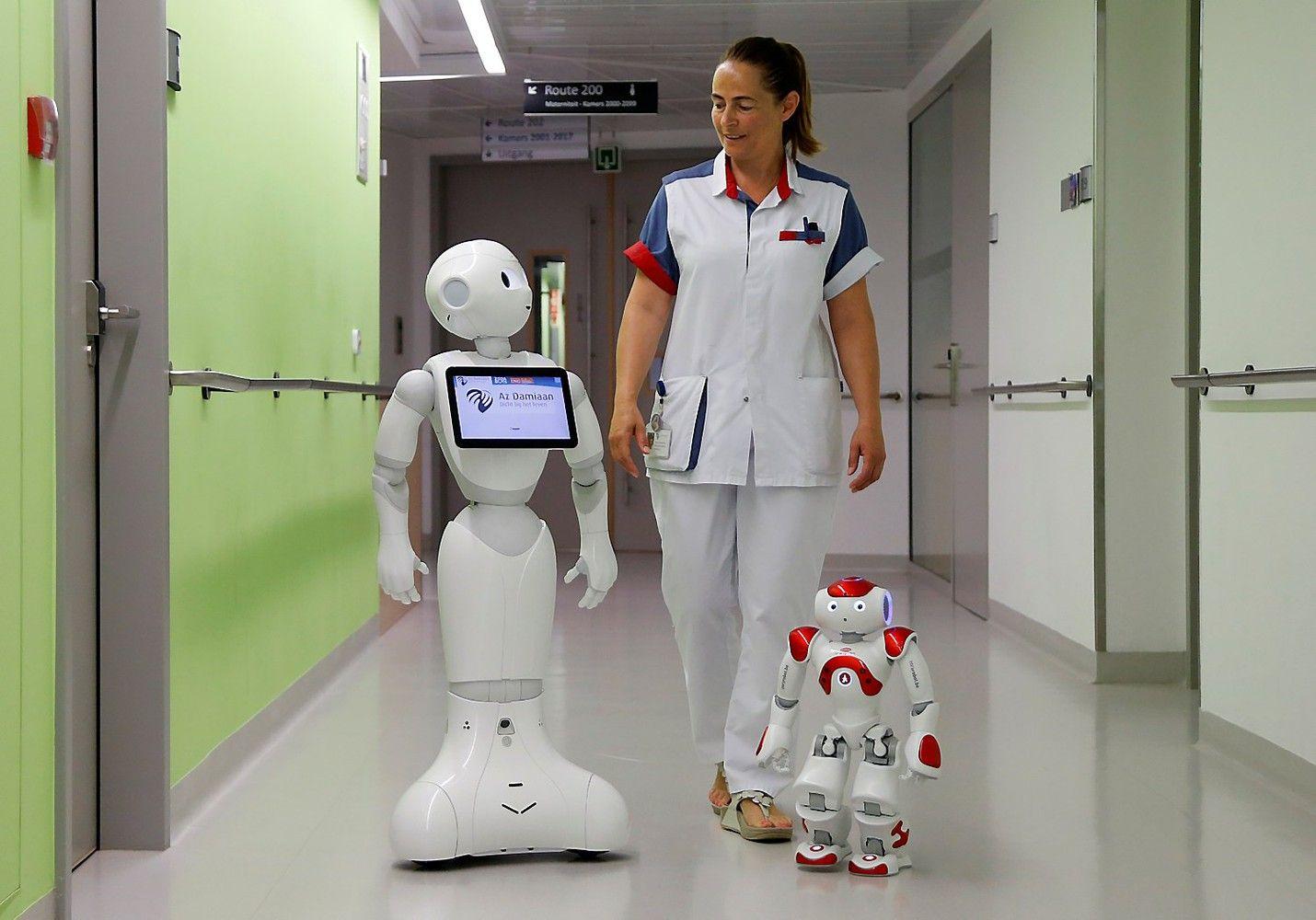 TOP cv.lt: kodėl darbuotojams nereikia bijoti robotų