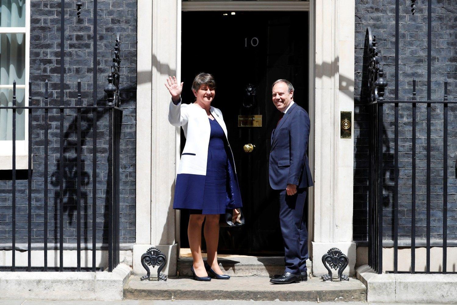 May susitiko su DUP lydere, susitarimas dėl koalicijos – netoli