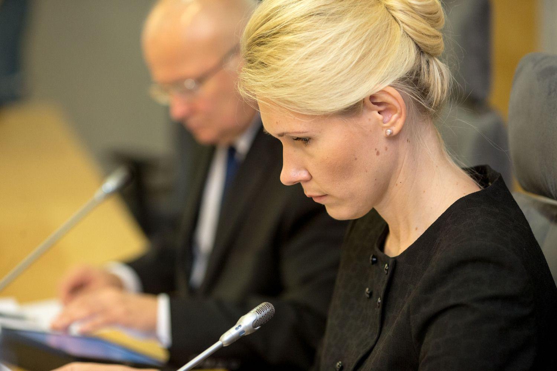Seimas svarsto Lauros Matjošaitytės kandidatūrą į VRK vadoves