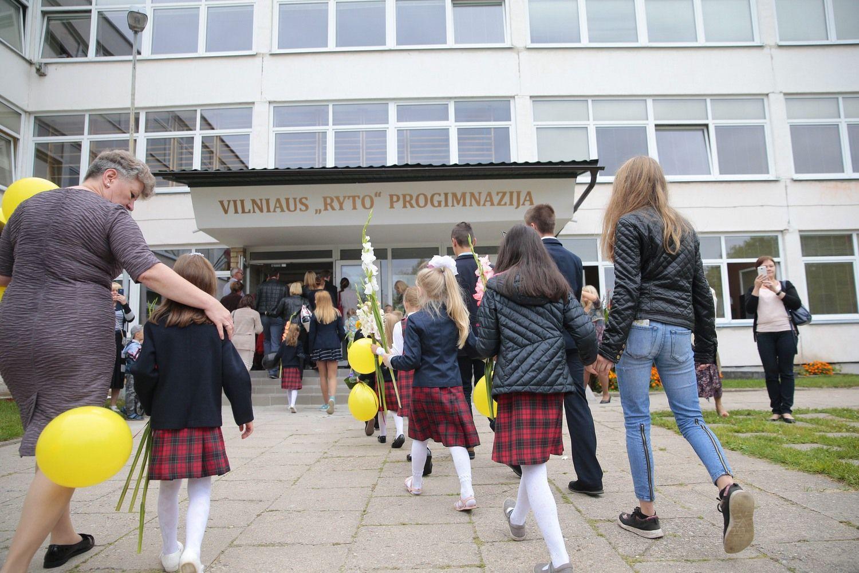 Seimas nenori riboti mokyklų direktorių kadencijų
