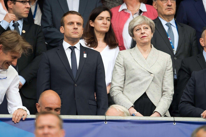 Macronas: ESdurys Jungtinei Karalystei išlieka atviros