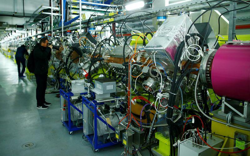 "CERN. Deniso Balibouse'o (""Reuters"" / ""Scanpix"") nuotr."