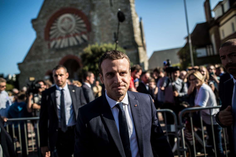 Rinkimai Prancūzijoje: apklausos žada pergalę prezidento partijai