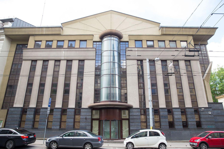 Planuoja prikelti 8-erius metus pamirštą biurų pastatą Vilniaus centre