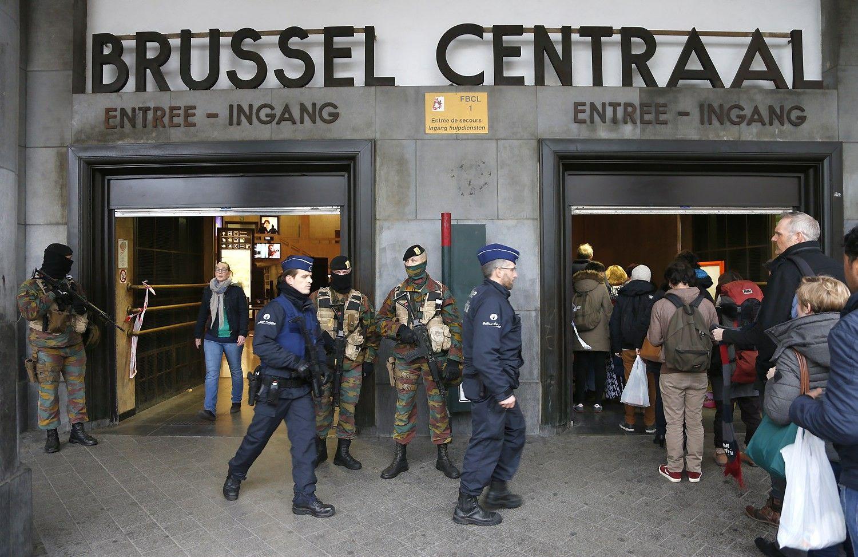Po sprogimų evakuota Briuselio centrinė stotis