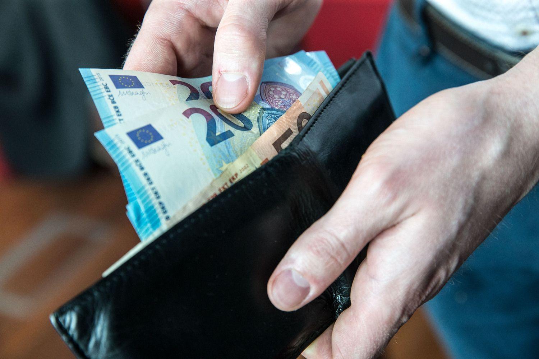 Trišalė aptaria MMA didinimą iki 500 Eur
