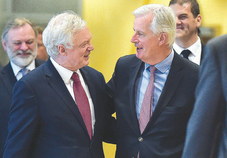 "Nepiktas ""Brexit"" derybų startas"