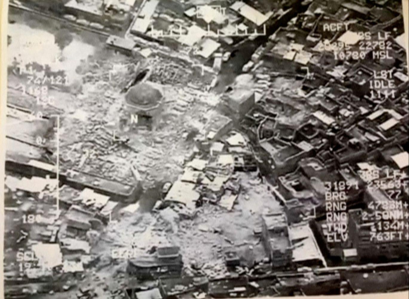 """""""Islamo valstybė"""" susprogdino mečetę Mosule, simbolizavusią kalifato pradžią"""