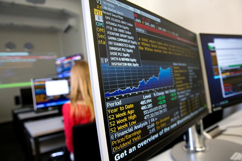 Biržose savaitė baigėsi akcijų pigimu
