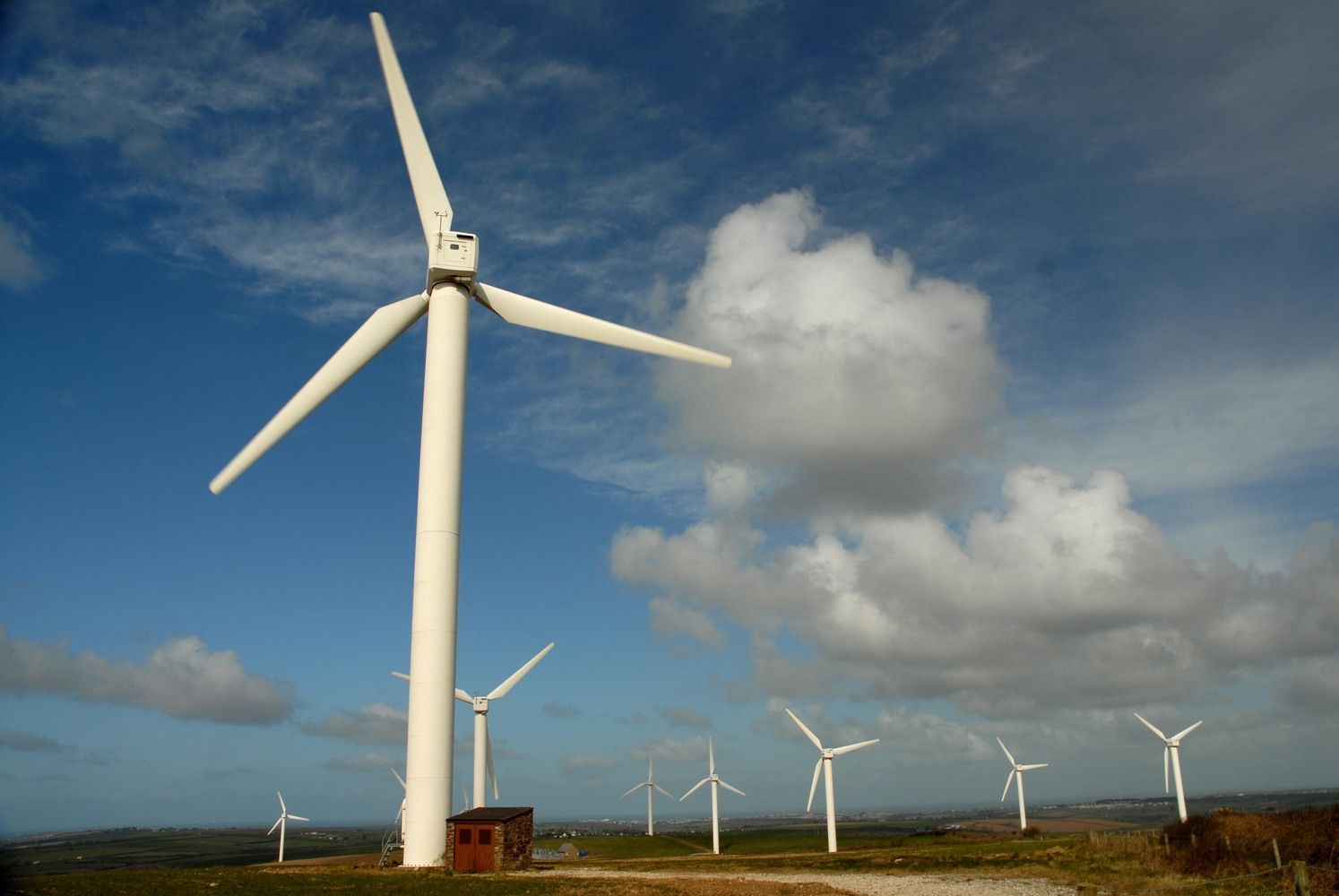 World's Biggest Wind Turbine Maker Sets Sights on New Markets