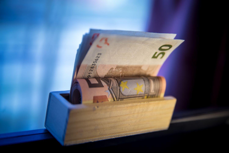 Valstybinės įmonės paramai galės skirti tik iki 3% pelno