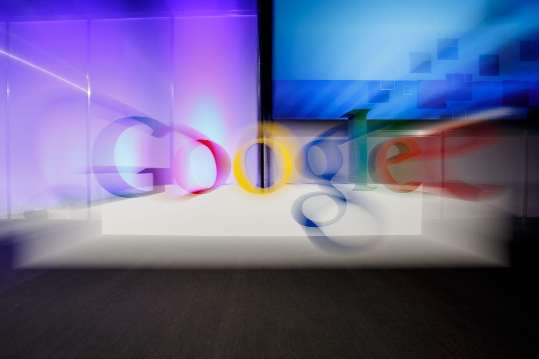 """""""Google"""" nebeskenuos asmeninių laiškų turinio"""