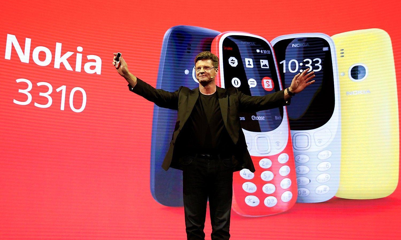 """Legendinė """"Nokia 3310"""" jau Lietuvoje: kaina – nuo 55 Eur"""