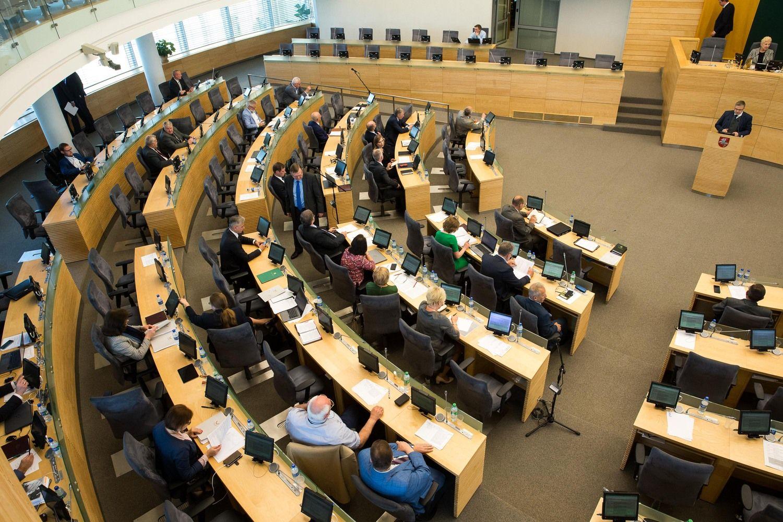 Naujojo Seimo narių turto bendra vertė pernai išaugo šeštadaliu