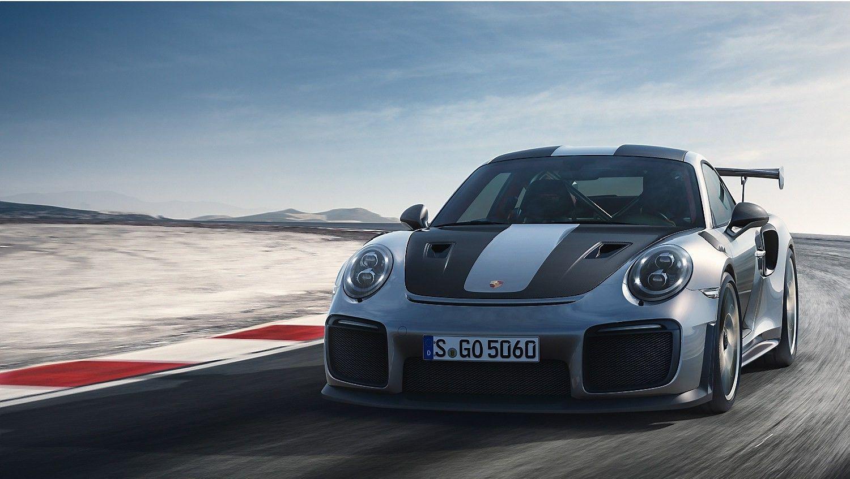 """""""Porsche"""" pristatė galingiausią visų laikų """"911"""" modelį"""