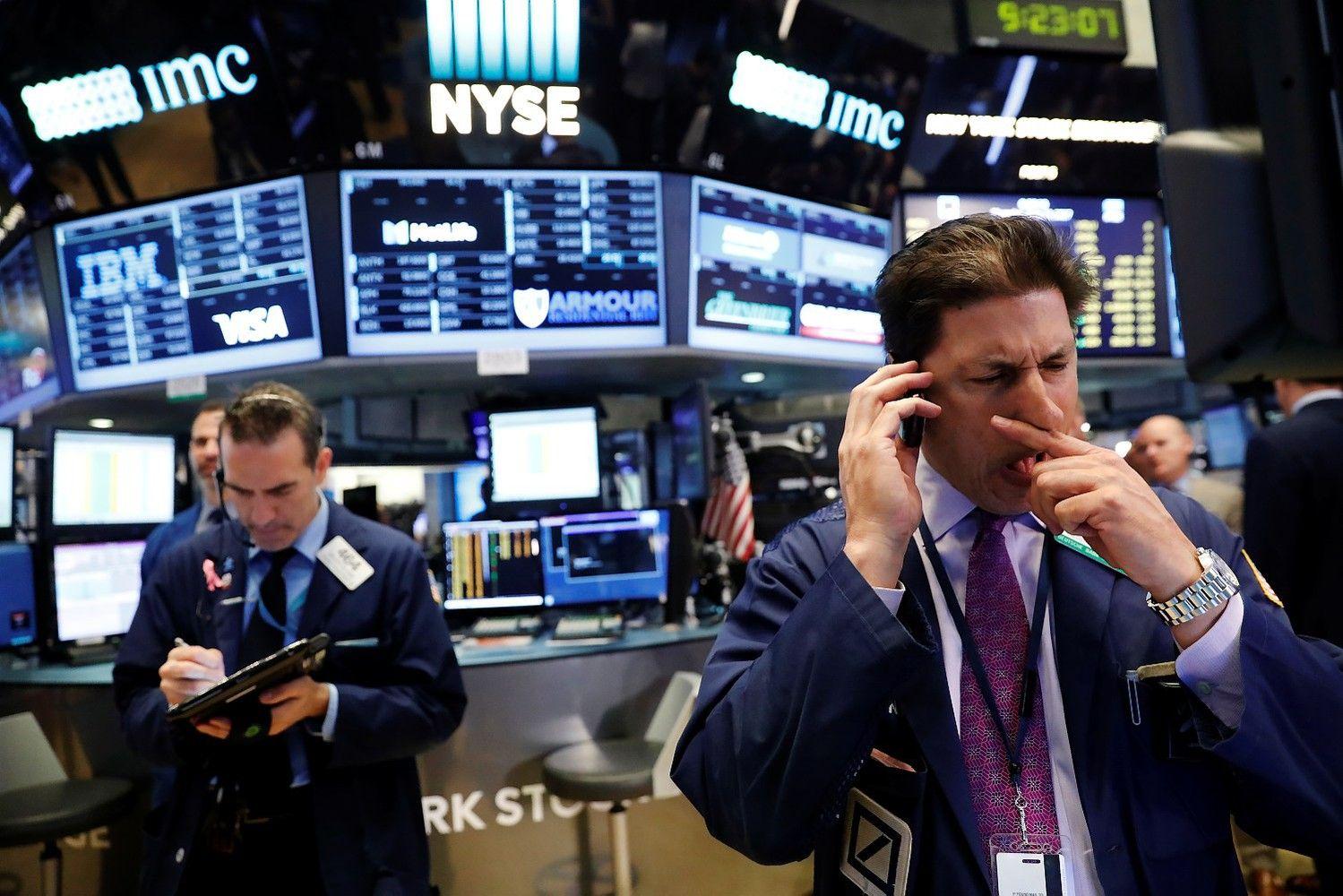 Asia Stocks Follow U.S. Drop as Dollar, Bonds Fall: Markets Wrap