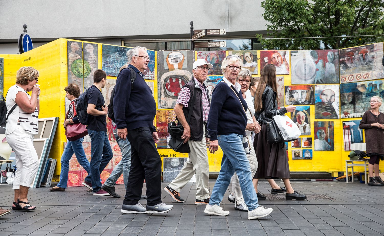 Tyrimas: turizmas sukuria dukart daugiau darbo vietų nei finansų sektorius