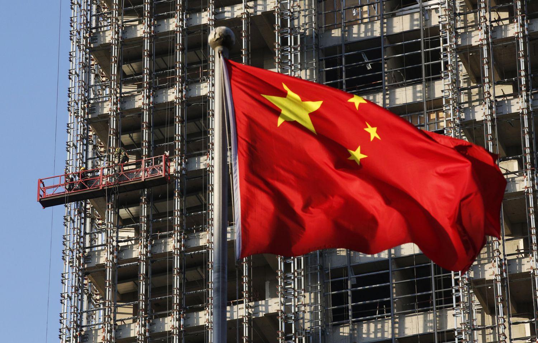 Japonija anuomet, Kinija dabar: praeitis kursto burbulų baimę