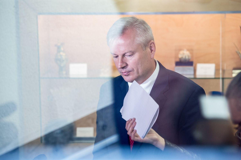 Konstitucinis Teismas rudenį svarstys Basčio apkaltos klausimą