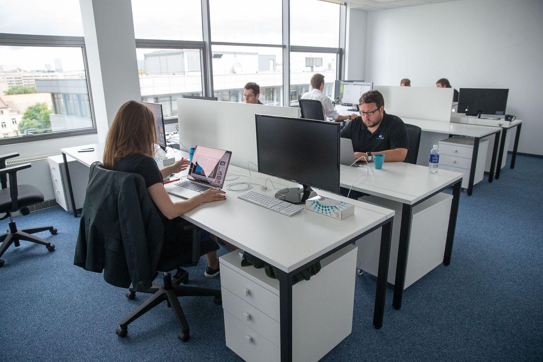 Vadovas žinos, kiek laiko darbuotojas praleidžia biure ir ką tiksliai jis veikia