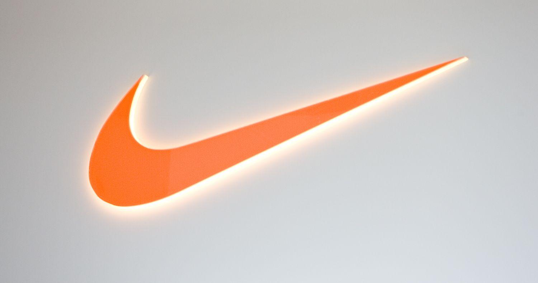 """""""Nike"""" patvirtino sudariusi sutartį su """"Amazon"""""""