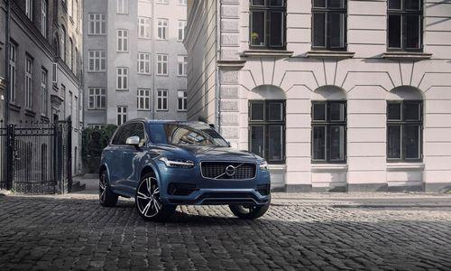 """""""Volvo"""" žengia istorinį žingsnį: visi automobiliai – su elektriniu varikliu"""