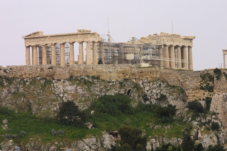 Graikijos paradoksas: turistų daugėja, pajamos iš turizmo menksta