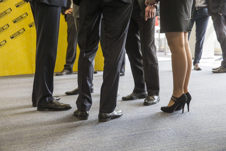 Atotrūkis tarp vyrų ir moterų algų pernai paaugo